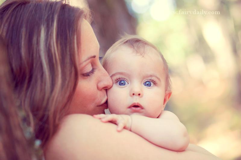 FairyDaily, beau bebe avec sa maman