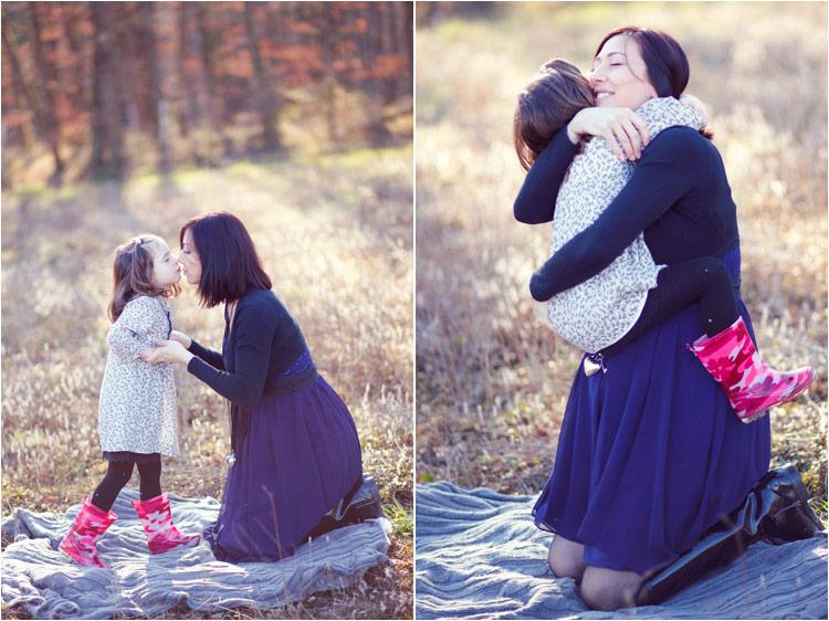 Fairy Daily, seance photo famille en exterieur, petite fille atrappe les bulles en savon
