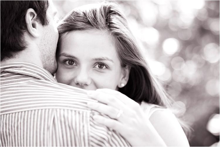 fairy daily, couple, engagement, photos en noir et blanc