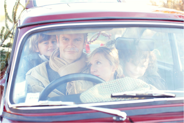 FairyDaily, Elena Tihonovs, photographe, famille, noel, voiture, sapin, vintage